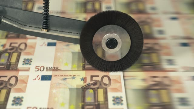 fifty euro banknotes printing - pressa da stampa video stock e b–roll