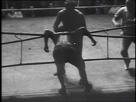 vidéos et rushes de la fight / ms judges - calvitie