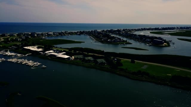figure 8 island and intracoastal waterway panoramic view - wilmington north carolina stock-videos und b-roll-filmmaterial