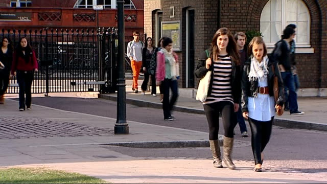 figures show many students will never repay loans for university tuition fees; r18030913 / 18.3.2009 university college london : day university... - loan stock videos & royalty-free footage