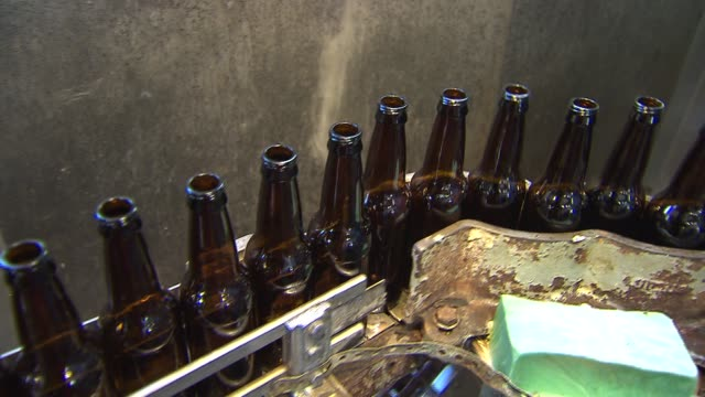 WGN Filberts Draft Style Root Beer has been brewing in Chicago since 1926 They bottle 30 different flavors and sell to 400 different locations An...