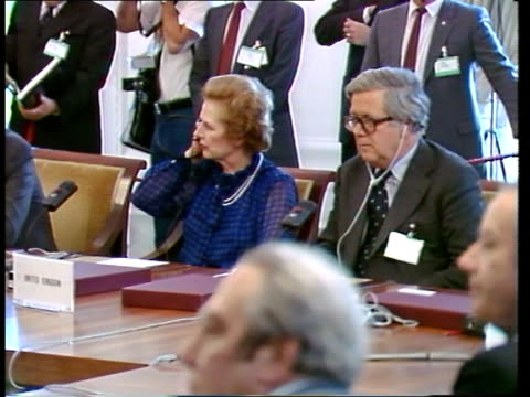 ATHENS File GERMANY Stuttgart INT GV Leaders around table MS Prime Minister Margaret Thatcher and Sir Geoffrey Howe Chancellor of the Exchequer MS...