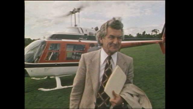 bw file 1969 bob hawke taken over as president of the actu sipping on a beer with gough whitlam and others including former president albert monk /... - bob hawke stock videos and b-roll footage