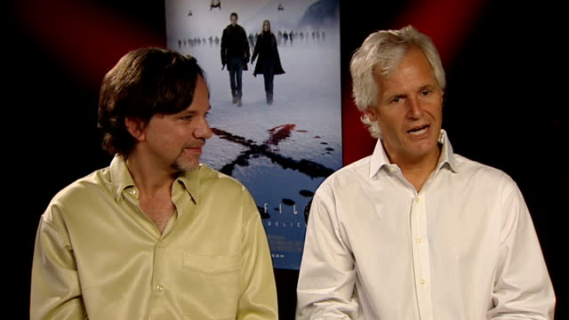 stockvideo's en b-roll-footage met 'x files i want to believe' film chris carter and frank spotniz interview frank spotnitz and chris carter interview sot on billy connolly's role... - billy connolly
