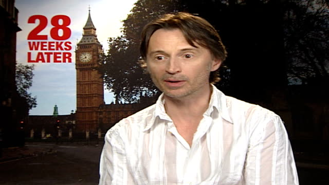 weeks later': robert carlyle interview; england: london: int robert carlyle interview sot - describes how relentless the film is / how difficult it... - robert carlyle stock videos & royalty-free footage