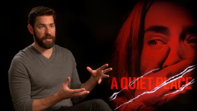 'a quiet place' junket interviews england london int john krasinski interview sot - john krasinski video stock e b–roll