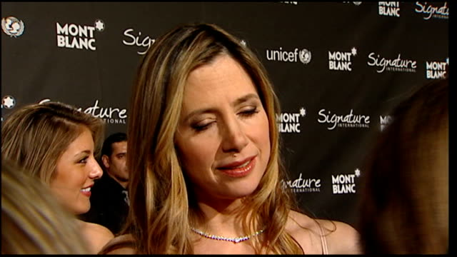 academy awards 2009: celebrity arrivals at pre-oscars party; mira sorvino interview sot - not going to the oscars ceremony, but some parties - on her... - oscar party stock videos & royalty-free footage