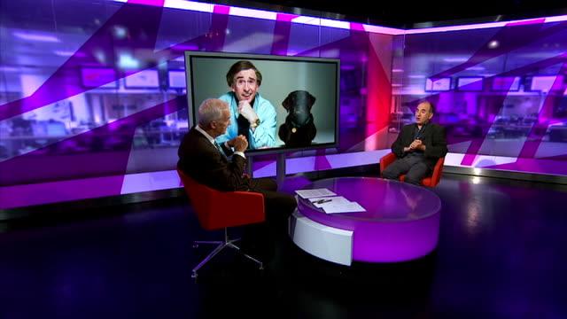 'alan partridge: alpha papa': armando iannucci interview; england: london: gir: int armando iannucci interview sot - on positive reviews for 'alan... - アーマンド・イアヌッチ点の映像素材/bロール