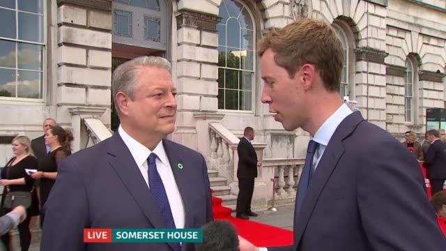 vídeos de stock, filmes e b-roll de 'an inconvenient sequel' premiere england london somerset house ext al gore live interview on red carpet sot - gore
