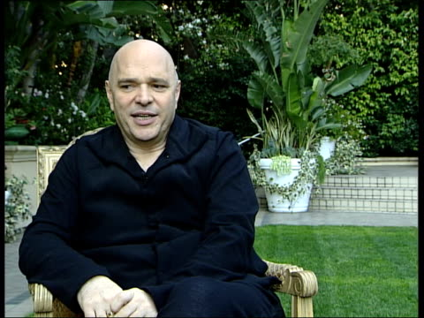 anthony minghella interview; minghella interview sot - on why 'the talented mr ripley' didn't win a best picture oscar nomination - too dark and... - the english patient点の映像素材/bロール