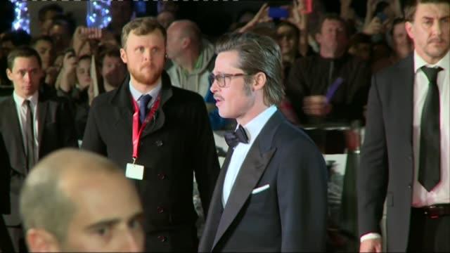BFI Film Festival preview LIB / TX ENGLAND London PHOTOGRAPHY*** Brad Pitt photocall on red carpet at 'Fury' European film premiere Brad Pitt talking...