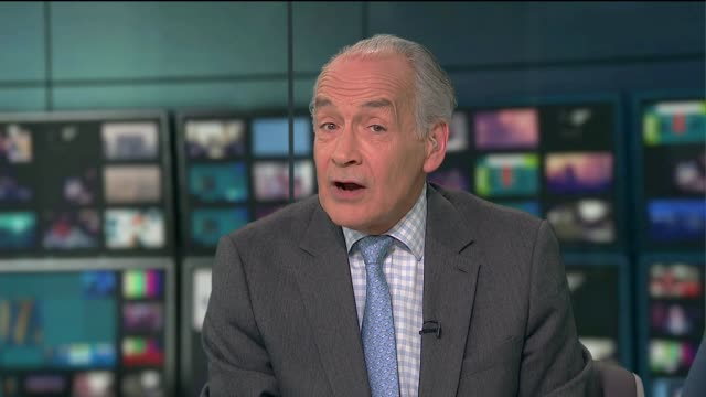 bfi research highlights gender imbalance in film industry england london gir alastair stewart to camera - itv lunchtime news stock videos & royalty-free footage