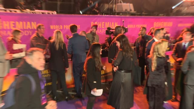 'bohemian rhapsody' world premiere; england: london: wembley: sse arena: bohemian rhapsody world premiere: ext rami malek speaking to press on red... - wembley arena stock videos & royalty-free footage