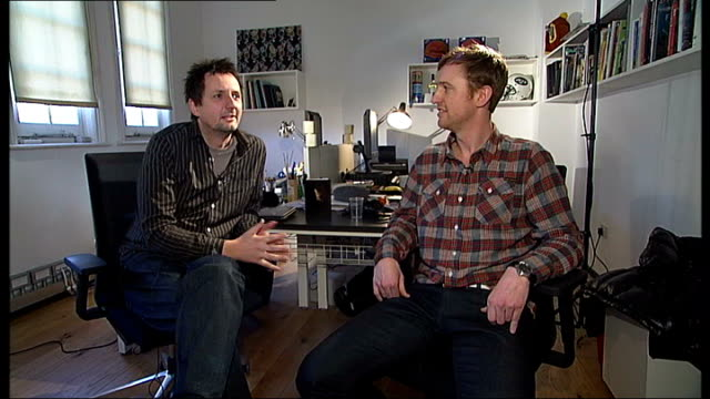 british animators nominated for oscar; england: london: int alan smith and alan foulkes interview sot - アニメーター点の映像素材/bロール