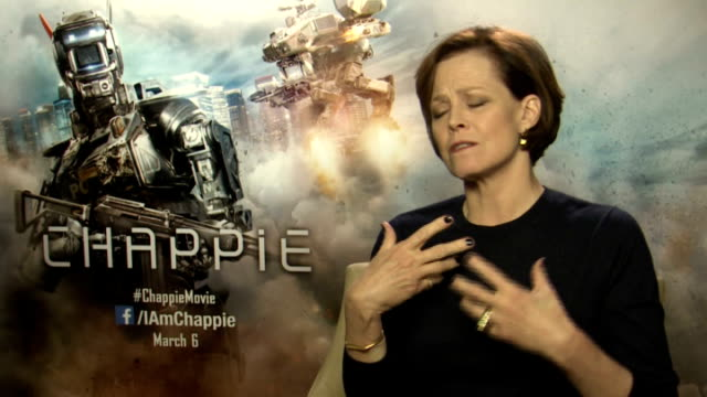'Chappie' Sigourney Weaver interview ENGLAND INT Sigourney Weaver interview SOT
