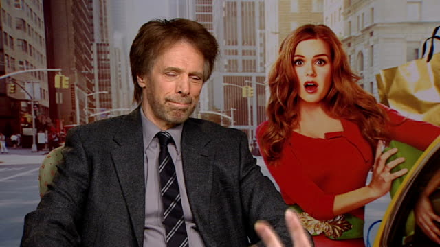 'confessions of a shopaholic' interviews; bruckheimer interview sot - on 'prince of persia' film and great cast / starts filming 'sorcerer's... - shopaholic stock-videos und b-roll-filmmaterial