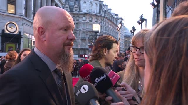'Deepwater Horizon' premiere Josh Duhamel / Kimberley Garner on red carpet / Mark Wahlberg talking to press on red carpet / Mike Williams interviewed...