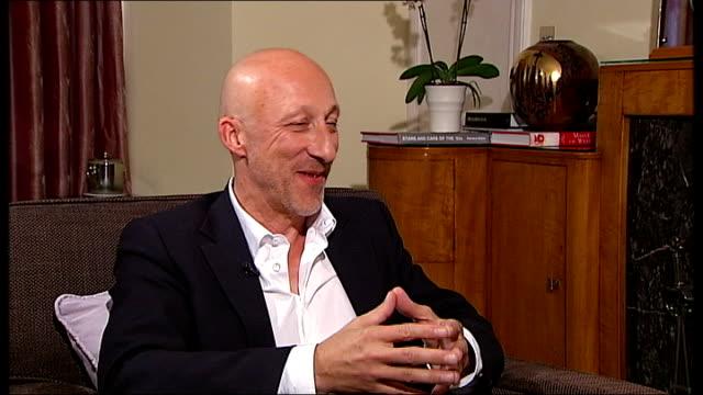 'diana' premiere hirschbiegel interview sot - キャシー・ニューマン点の映像素材/bロール