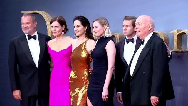 'downton abbey' movie premieres in leicester square; england: london: leicester square: ext 'downton abbey' cast hugh bonneville , elizabeth mcgovern... - premiere stock videos & royalty-free footage