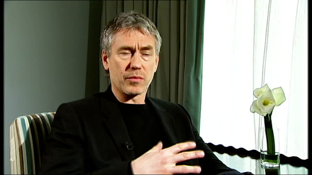 film 'duplicity' julia roberts clive owen and tony gilroy interviews tony gilroy interview continues sot on working on the bourne trilogy / getting... - nomination stock videos & royalty-free footage