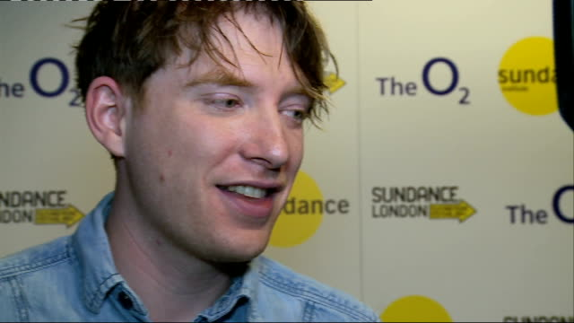'frank' film premiere at sundance london film festival domhnall gleeson talking to presson red carpet and red carpet interview sot/ cutaways of... - lenny abrahamson stock videos and b-roll footage