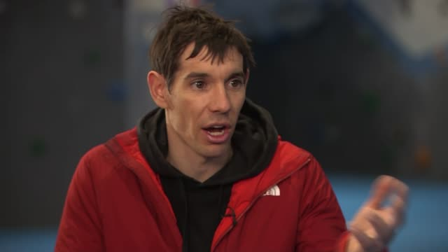 'free solo' climber more nervous of oscars red carpet than 3000 ft ropeless climb england london int alex honnold interview sot various of climbers... - free climbing stock videos & royalty-free footage