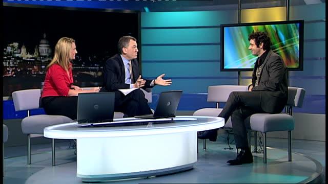 film 'frost/nixon' michael sheen interview england london gir int michael sheen live studio interview sot - michael sheen stock-videos und b-roll-filmmaterial