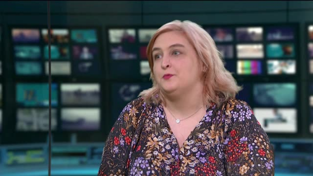 golden globes criticised over lack of women nominated for best director england london gir int hannah woodhead live studio interview sot - ディレクター点の映像素材/bロール