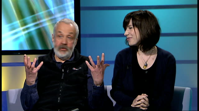 film 'happygolucky' interview with mike leigh and sally hawkins england london gir int mike leigh and sally hawkins live studio interview sot - sally hawkins stock-videos und b-roll-filmmaterial