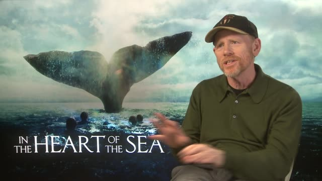 vídeos de stock, filmes e b-roll de in the heart of the sea interviews ron howard interview sot / chris hemsworth interview sot on script / on his dramatic weight loss for film - ron howard