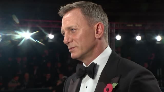 james bond film 'spectre' world premiere red carpet arrivals various of daniel craig talking to press on red carpet/ unidentified man poses with... - daniel craig actor stock videos & royalty-free footage