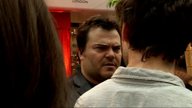 'kung fu panda 2' film launch red carpet arrivals and interviews jack black talking to press / jack black talking to other press sot jack black... - jack black stock videos & royalty-free footage