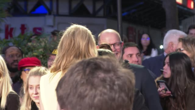 'marriage story' premiere england london leicester square photography** noah baumbach and laura dern posing for photocall on red carpet / ray liotta... - noah baumbach stock videos and b-roll footage