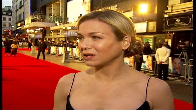 premiere in leicester square; renee zellweger interview sot - [asked if the role was daunting] you bet, a big responsability, a lot of work to do -... - itv london tonight weekend stock videos & royalty-free footage