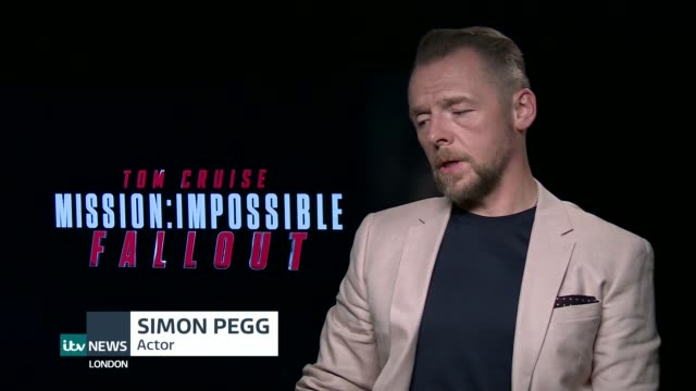vídeos y material grabado en eventos de stock de mission impossible fallout simon pegg interview england london int simon pegg interview sot - lluvia radioactiva