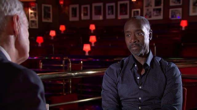 miles davis biopic don cheadle interview don cheadle interview sot - 伝記映画点の映像素材/bロール