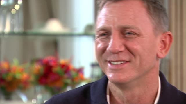 new james bond film 'spectre' craig interview sot [on if he'll do the next bond] i don't yet i really don't i'm giving you a straight answer and... - an answer film title stock videos & royalty-free footage