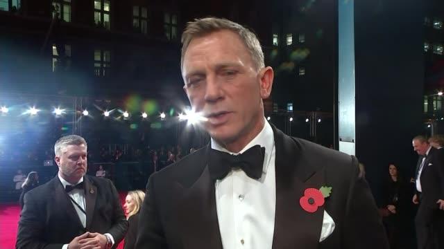 new james bond film 'spectre' film premiere daniel craig interview sot - daniel craig actor stock videos and b-roll footage