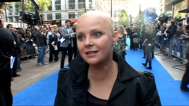 stockvideo's en b-roll-footage met 'night at the museum 2' london premiere gail porter interview sot on the movie and how her daughter gets invites to all the good events rather than... - gail porter