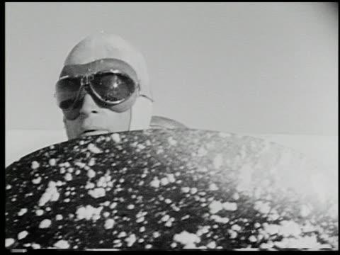 a film of endurance - 3 of 8 - この撮影のクリップをもっと見る 2072点の映像素材/bロール