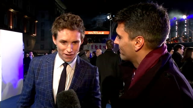 premiere of 'the theory of everything' stephen hawking biopic eddie redmayne interview sot been to university at cambridge and i'd seen stephen... - 伝記映画点の映像素材/bロール