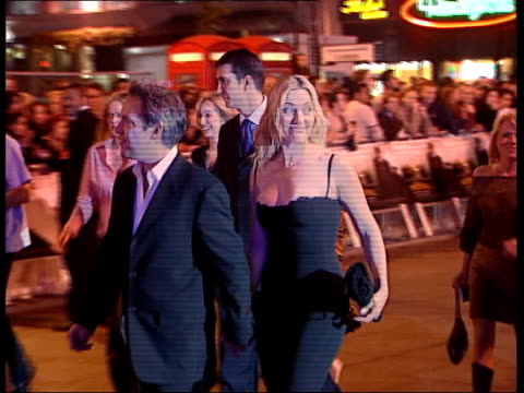 the road to perdition; itn england: london ext/night lots of flash photography film director sam mendes along with his partner kate winslet as... - sam mendes stock videos & royalty-free footage