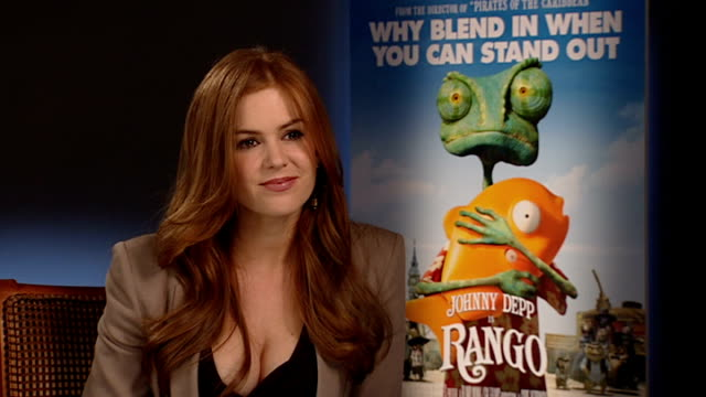 'rango' voice actor interviews: isla fisher and abigail breslin; england: london: int isla fisher interview sot - on her character 'beans' / on funny... - pros and cons stock videos & royalty-free footage