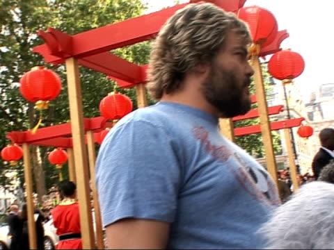 red carpet interviews at kung fu panda premiere jack black speaking to press sot on chinese food / on tendencies towards suffering from ocd like... - jack black stock videos & royalty-free footage