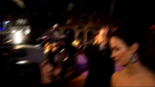 royal premiere of 'the young victoria'; emily blunt talking to press/ sarah ferguson with daughters princess eugenie and princess beatrice arrival - première stock videos & royalty-free footage