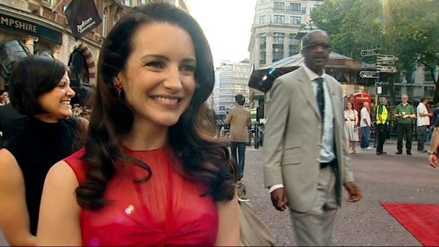 sex and the city the movie world premiere in london kristin davis interview sot fantastic to be in london / loves the story in the film great to be... - kristin davis stock videos and b-roll footage