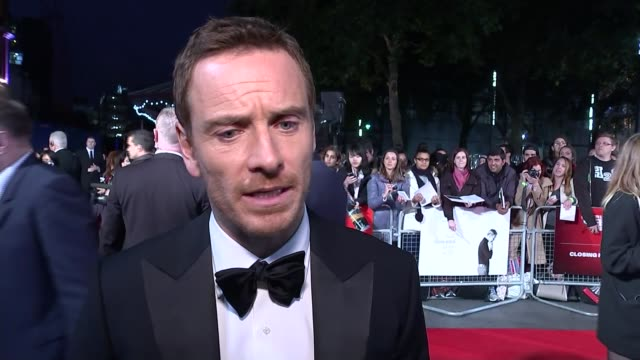 'steve jobs' european premiere england london ext michael fassbender and kate winslet photocall together on red carpet/ michael fassbender red carpet... - kate winslet stock videos and b-roll footage