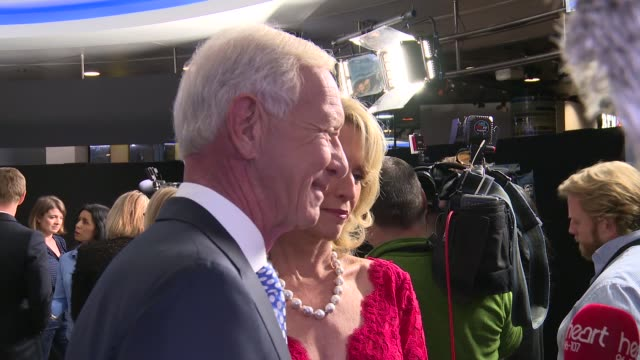 'Sully' premiere red carpet interviews ENGLAND London Waterloo IMAX INT Aaron Eckhart and Tom Hanks on red carpet Chesley Sullenberger 'Sully' and...