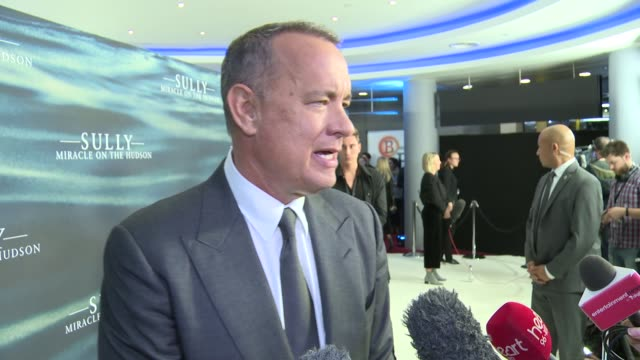 'Sully' premiere red carpet interviews Tom Hanks interview SOT re new film 'Sully'