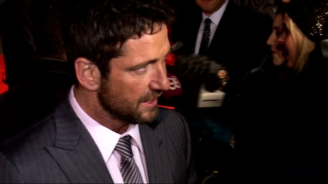 'The Bounty Hunter' premiere Gerard Butler interview SOT describes film shoot outs being tasered its an action comedy more like a boxing match...